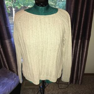 GAP Cable Sweater Creme NWOT